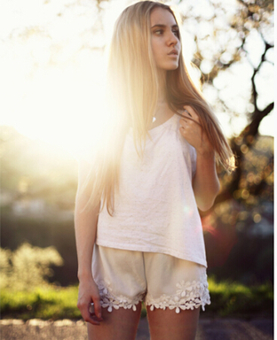 White Flower Lace Hem Shorts 1 - Tbdress.com   FASHION-BEAUTY-CLOTHES-GIRL   Scoop.it