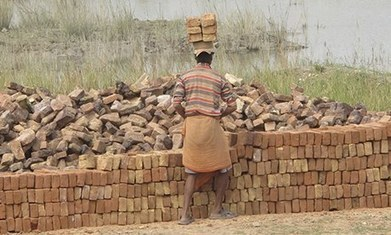 Community radio: a new model for tackling bonded labour in India ... | Somethingwithmedia | Scoop.it