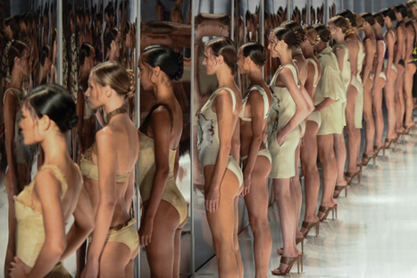 Fashion Rio closes with Lenny Niemeyer swimwear - CCTV News - CCTV.com English | Fashion Weeks & Street Style | Scoop.it