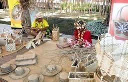 Festival de l'artisanat traditionnel : les « mama » enseignent leur savoir-faire | L'Etablisienne, un atelier pour créer, fabriquer, rénover, personnaliser... | Scoop.it