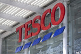 Tesco Swaps Global Aspirations for Giraffe Amid Profit Slide | Should Tesco continue to grow in the UK or is their withdrawal from the US a clear sign that their time as a major player in the supermarket industry is coming to an end | Scoop.it