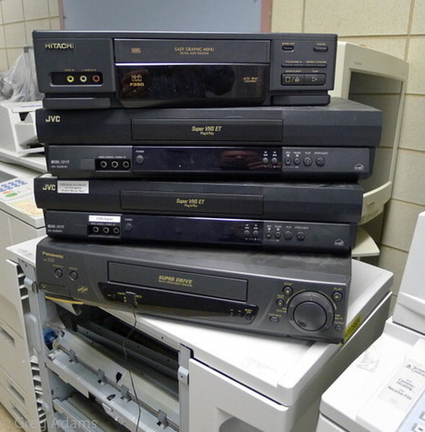 The Last VCRs Ever Will Be Made This Month :: Popular Mechanics | Into the Driver's Seat | Scoop.it