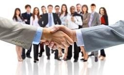 Bâtir son réseau de contacts en période de recherche d'emploi - Parachute Carrière   Parachute Carrière   Scoop.it