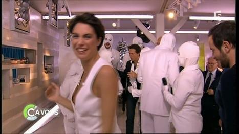 """Photo : Oops le sein sexyd'Alessandra Sublet dans """"C à vous"""" !   Radio Planète-Eléa   Scoop.it"""