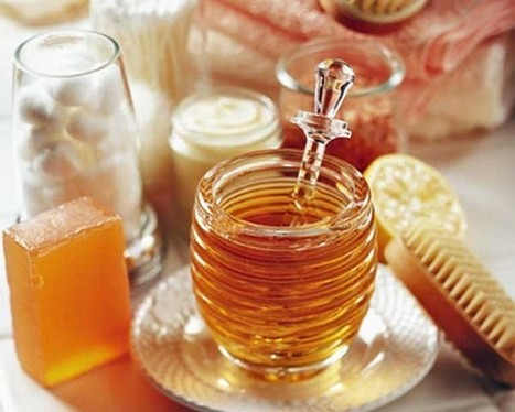 4 Ways to Use Organic Honey in Your Beauty Regimen - The Daily meal | Beauty and cosmetics | Scoop.it