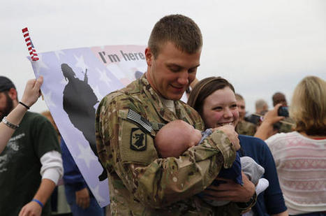 Happy Father's Day: Returning soldiers get first look at newborn children - Chicago Tribune (blog) | The importance of libraries in getting children to read | Scoop.it