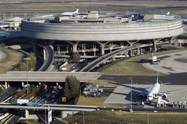 Incroyable ! Easyjet veut des redevances d'Aéroports de Paris plus chères ! | Logistique et Transport GLT | Scoop.it
