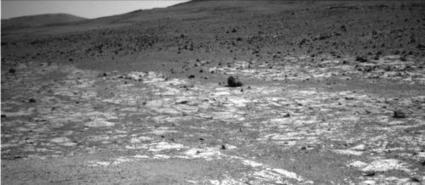 Mars rover Opportunity working at edge of 'Solander' | Vloasis sci-tech | Scoop.it