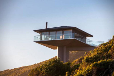 This Cool Coastal House Looks Like It's Floating Over The Ocean | Societal Resilience, Mobility, Living, Logistics, Infrastructure | Scoop.it