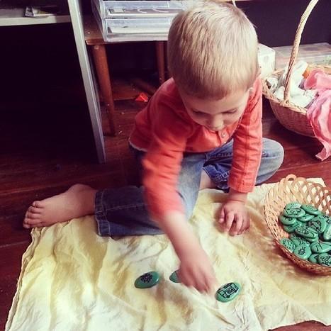 DIY Story Stones - Racheous   Playful & respectful learning & living, inspired by Montessori.   Εδώ Νηπιαγωγείο   Scoop.it