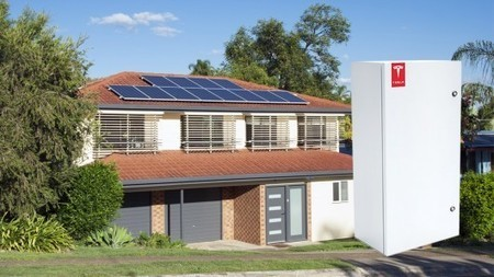Tesla Moves Into Home and Utility Battery Systems | Sustain Our Earth | Scoop.it