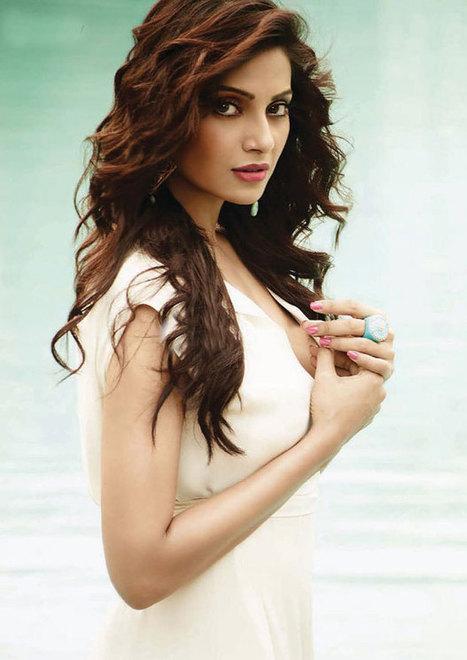 Bipasha Basu   Watch Movies Online   Bollywood Celebrities   Scoop.it
