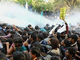 Students, police clash during anti-Modi protest in Delhi | Firstpost | Police Problems and Policy | Scoop.it