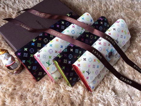 Louis Vuitton Model: M93748 M93745 Product Specifications: 19x10cm Material: Leather | Designer Bags | Scoop.it