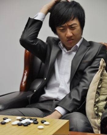 Photo of the Week: Choi Cheolhan | Go, Baduk, Weiqi ~ Board Game | Scoop.it