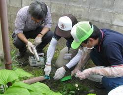 [Eng] La décision d'évacuer mes 'hot spots' est difficile parès les dernières recommandations | The Mainichi Daily News | Japon : séisme, tsunami & conséquences | Scoop.it