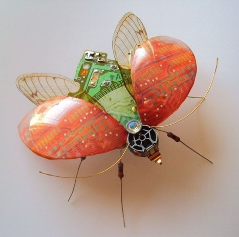 Artist Turns Old Circuit Boards and Electronic Components into Beautiful Winged Insects | Strange days indeed... | Scoop.it