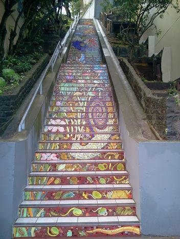 Patricia Post: Fa la la la la, la la la la | Hidden Garden Steps | Scoop.it