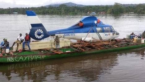 Insolite : L'hélico du SAMU transporté de Maripasoula à Saint-Laurent du Maroni à bord de 2 pirogues | L'Air du Temps | Scoop.it