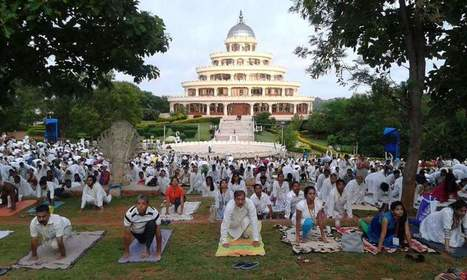 BEING A YOGI ON THIS INTERNATIONAL DAY OF YOGA Blog by Lalita Powar   Larger Than Life   Scoop.it