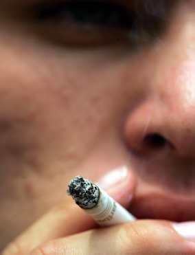 Los fumadores pueden padecer pérdida de visión - Información | Salud Visual 2.0 | Scoop.it
