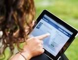 En las redes sociales, los hombres quieren parecer más inteligentes y las mujeres más atractivas | New World, New Society. | Scoop.it