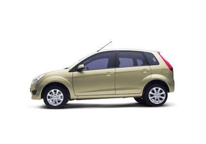 Ford Figo Petrol Titanium Reviews @ Autoinfoz | Autoinfoz - All About Automobiles | Scoop.it