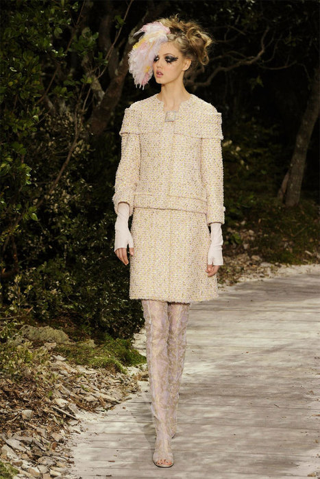 Chanel Enchants With Spring Couture Collection | Fashion News by JustLuxe | fashion tip for every Short Women | Scoop.it