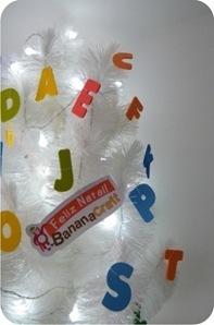 Árvore de Natal branca com abc » BananaCraft | Literacia no Jardim de Infância | Scoop.it