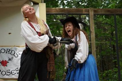 St. Louis Sisters Found Ladies-Only Singing, Sword-Swinging Pirate Troupe | Get Your Geek On | Scoop.it