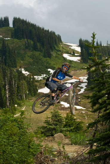 Downhill cycling accidents at Whistler Mountain peak this month; how to reduce risks | Vancouver Sun | Mountain biking | Scoop.it