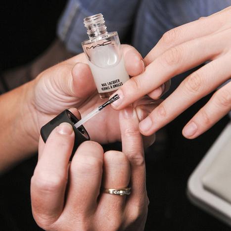 Comment faire tenir mon vernis à ongles plus de trois jours ? | Debymagazine | Scoop.it