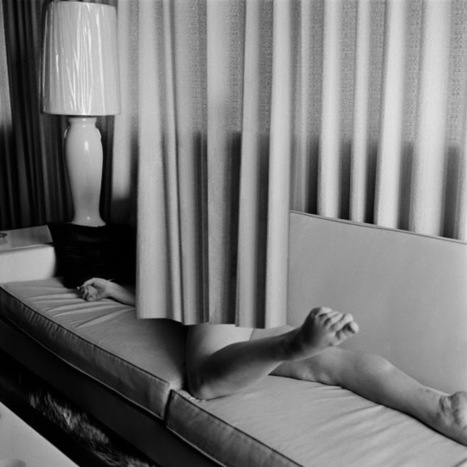L E N S C R A T C H: Eva Stenram: Cord Prize Winner for Drape   Photography News Journal   Scoop.it