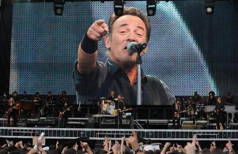 Top Financial Regulator Uses Springsteen Lyrics To Slam Deregulation, Wall Street Greed - IBT | Bruce Springsteen | Scoop.it