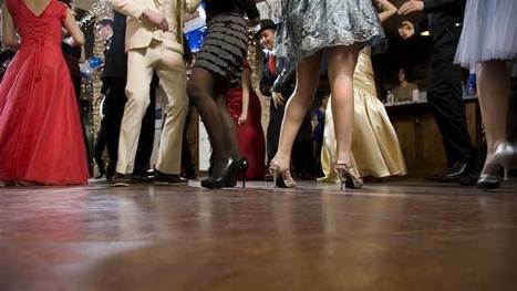 Is social media killing the school dance? Schools cancel dances as teens opt out | MOVIES VIDEOS & PICS | Scoop.it
