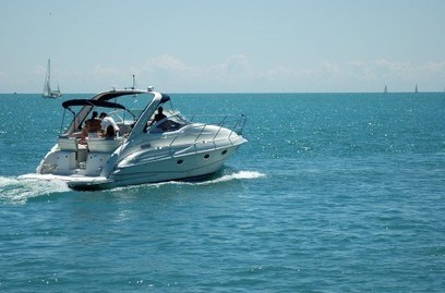 Checking out Different Boats for Sale? Get Your Hull Game Going First | WHITE'S MARINE CENTER | Scoop.it