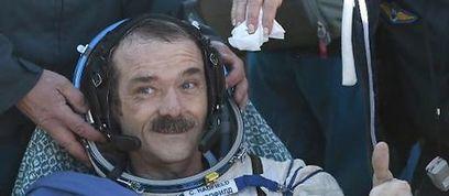 L'astronaute Hadfield va sortir un album enregistré dans l'espace | Site mobile Le Point | Art et Culture, musique, cinéma, littérature, mode, sport, danse | Scoop.it