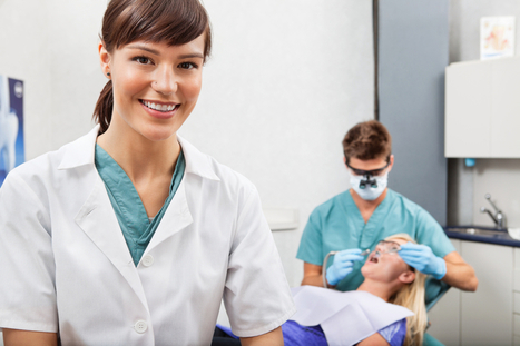 Interested in a Dental Assistant Career? A Day in the Life of a Dental Assistant | Dental Care | Scoop.it