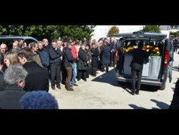Concarneau. 600 personnes aux obsèques de Guy Cotten | Hommage Guy Cotten | Scoop.it