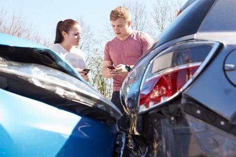 Les automobilistes pourront passer au constat amiable sur smartphone en 2015   assurance   Scoop.it