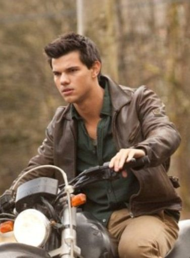 Taylor Lautner Sheds Light on Breaking Dawn's Jacob (video) - TheImproper.com | The Twilight Saga | Scoop.it