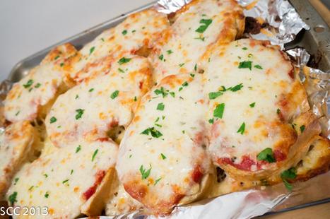 Garlic Bread Pizzas | Recipes | Scoop.it