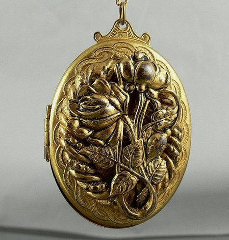 Large Vintage Victorian Revival Locket | Sarees kurtis Jewellery | Scoop.it