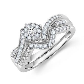 Beautiful Round Diamond Bridal Ring Set | Wedding Ring | Scoop.it