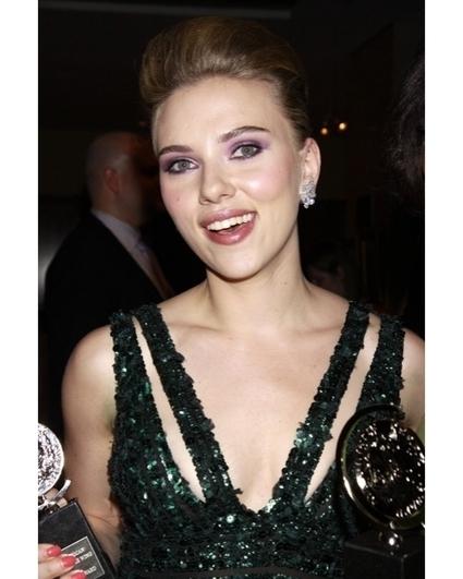 Scarlett Johansson Says Nude Photos Were For Ryan Reynolds | Hollywood.com | Nude | Scoop.it