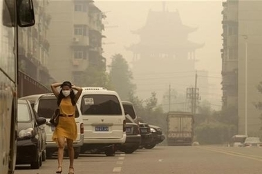 Good News, China's CO2 Emissions Fell Ridiculously Low In Just Four Months; How Did China Do It? | China environment (climate policy) | Scoop.it