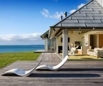 Beach Home Opening Up Towards a Beautiful Coastal Village in New Zealand | Beautiful Beach Houses | Scoop.it