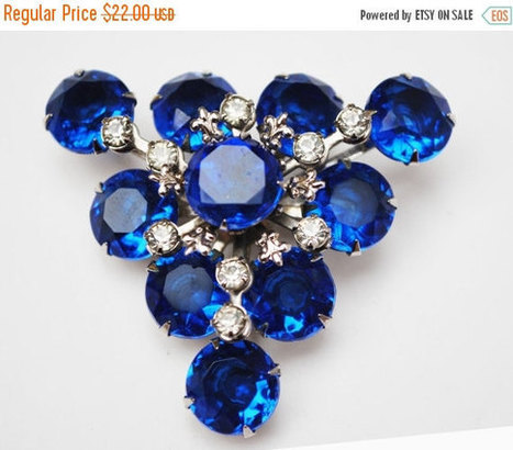 Blue Rhinestone Triangle Brooch mid century flower pin | Vintage Jewelry and Other Vintage Treasures | Scoop.it
