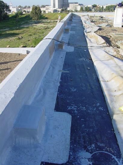 ¿Por qué sale agua del enchufe?: Impermeabilizaciones que crean filtraciones | Obras de Rehabilitación | Scoop.it