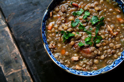 Italian Comfort Food for New Year's Eve: Stewed Lentils with Sausage | Le Marche and Food | Scoop.it